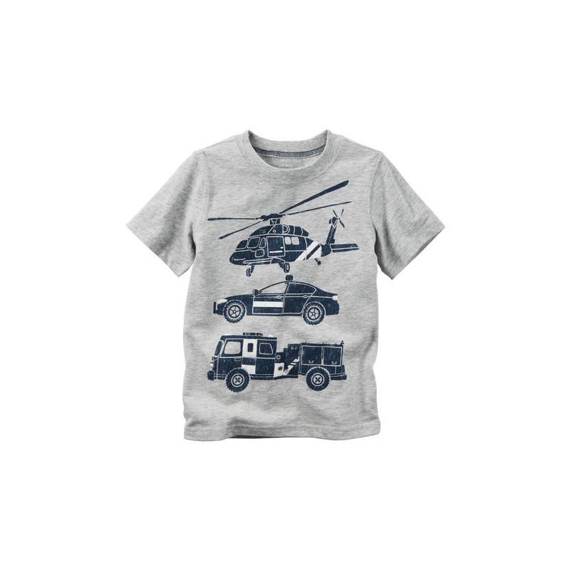 c89a3008d Hecho en algodón suave con gráfico de carros de rescate, esta camiseta va a  tener a su bebé cómodo y listo para jugar.