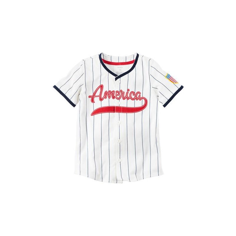 1c86e5417 La clásica camisa de béisbol América especialmente diseñada para bebés por  Carter s ideal para salir a pasear en días soleados.